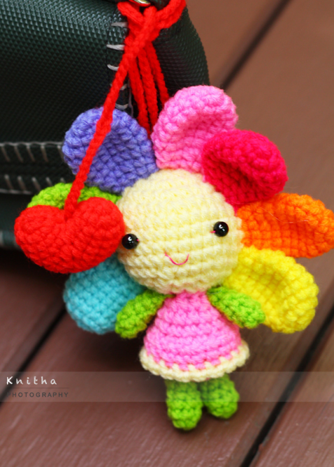 Original Crochet Amigurumi Flowers : Crochet Flower Doll with 2 Red Hearts / Bag Hanger ...